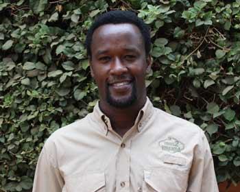 Charles Mpayimana rwanda safari guide